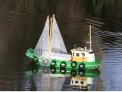 Zdalnie sterowany kuter rybacki Cux-13 - RC 100% RTR Carson 500108014
