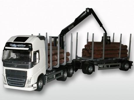Emek 71352 Volvo FH16 750 transporter drewna biały z żurawiem i przyczepą