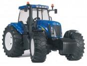 Bruder 03020 Traktor New Holland TG285