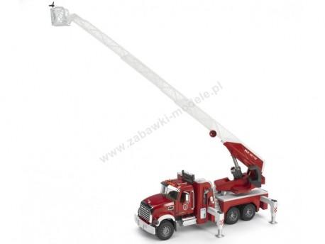 Bruder 02821 Mack Granite straż pożarna z pompą wodną