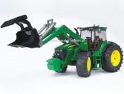 Bruder 03051 Traktor John Deere 7930 z ładowarką