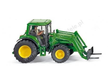 Traktor John Deere 6920 S z ładowarką czołową